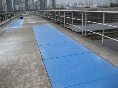 Fiberglass Grating and Structural Shapes2